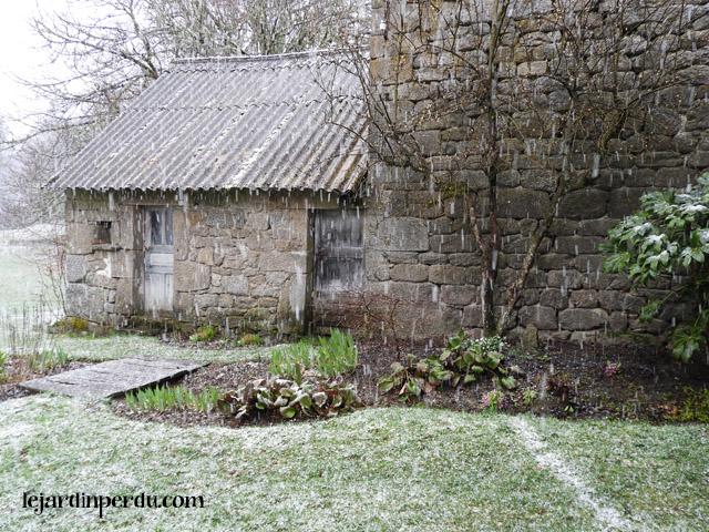 Le Jardin Perdu snow