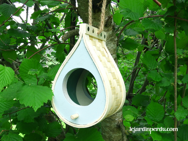 Eco-friendly bird feeder - Le Petit Pod